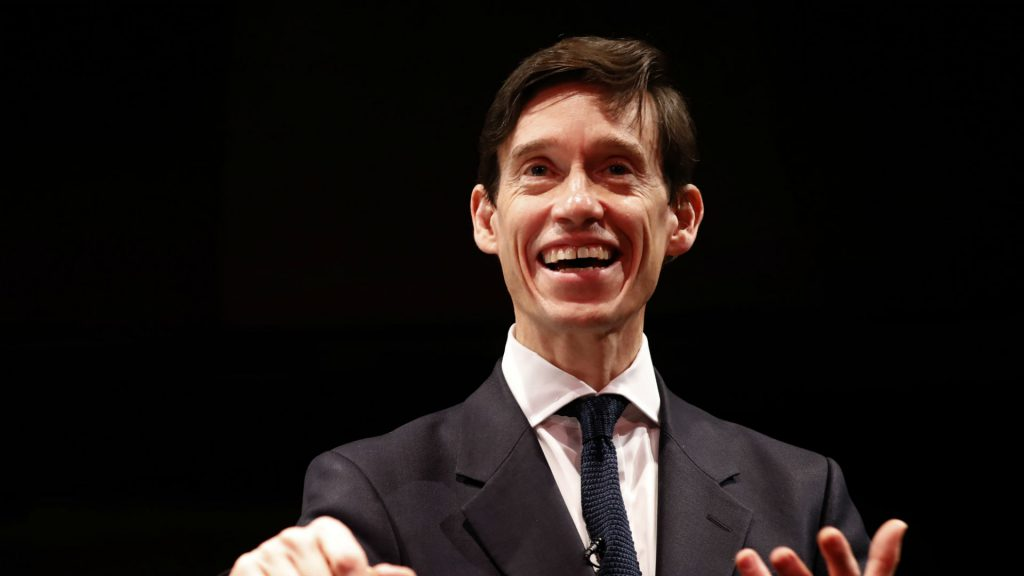 Ministre du Développement international, Rory Stewart a servi en Irak comme gouverneur adjoint de la coalition. Photo: Tolga Akmen/AFP
